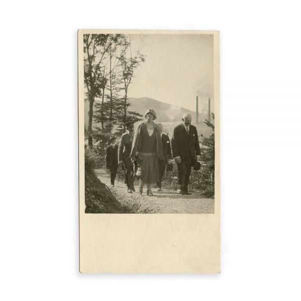 Familia Regală a României, cinci fotografii tip carte poștală
