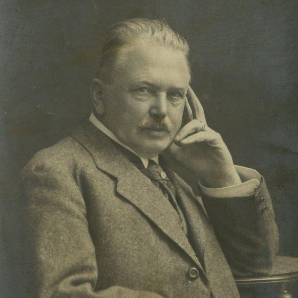 Constantin Meissner, fotografie tip carte poștală, cu dedicație olografă