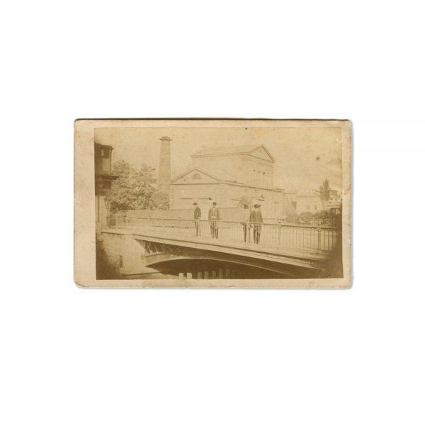 Trecători pe podul Caliței, fotografie de epocă, cca. 1880