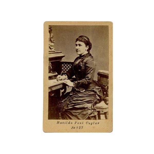 Matilda Cugler-Poni, fotografie de epocă