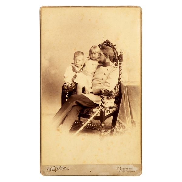 80. Regele Ferdinand, principele Carol și principesa Elisabeta