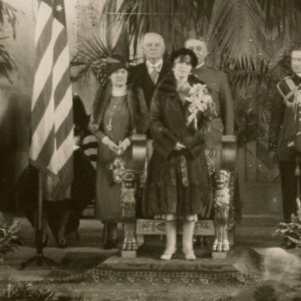 Regina Maria a României în turneul din America, fotografie de presă, 1926