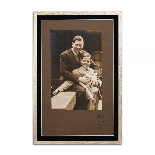 Regele Carol al II-lea și Marele Voevod de Alba-Iulia, Mihai I, fotografie de epocă, atelier Julietta, 1930