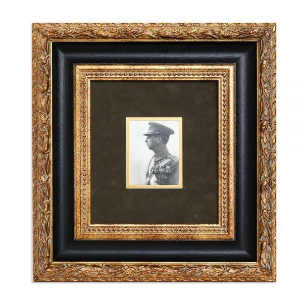 Principele Carol al II-lea în uniformă militară, fotografie tip carte poștală, atelier Julietta, cca. 1927